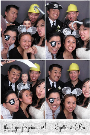 cynthia and ron wedding photobooth